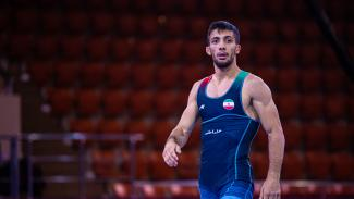Mohammadreza GERAEI (IRI) won the gold at Asian Olympic Qualifiers in Almaty. (UWW: Sachiko HOTAKA)